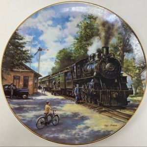 Hamilton Collection Morning Local Plate